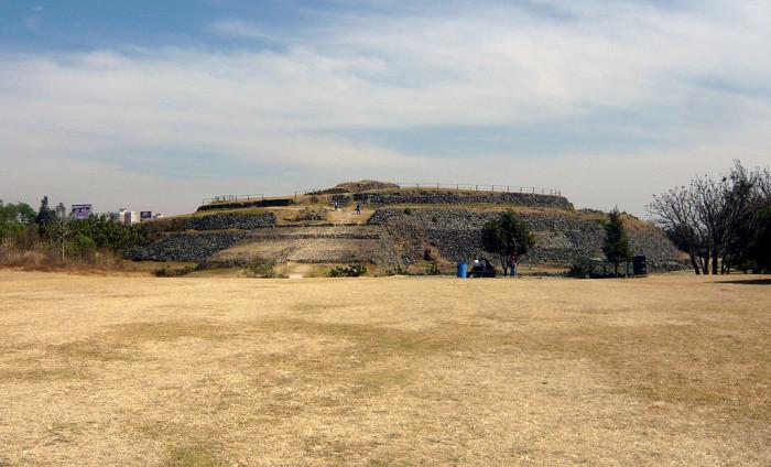 1024px-Cuicuilco_Piramide